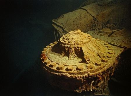 Один из поршневых двигателей Титаника