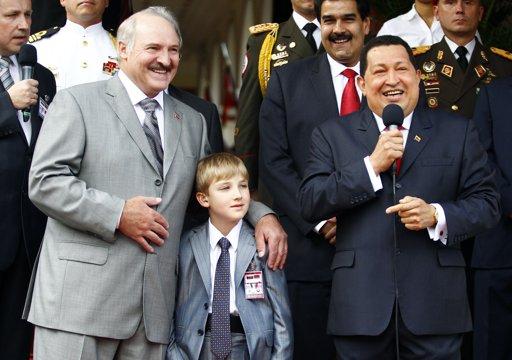 venezuela_chavez_kolya
