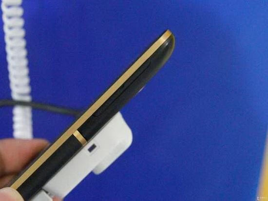 HTC-One-XC_