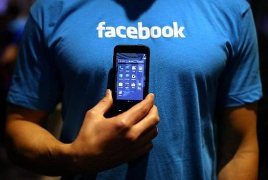 a-Facebook_