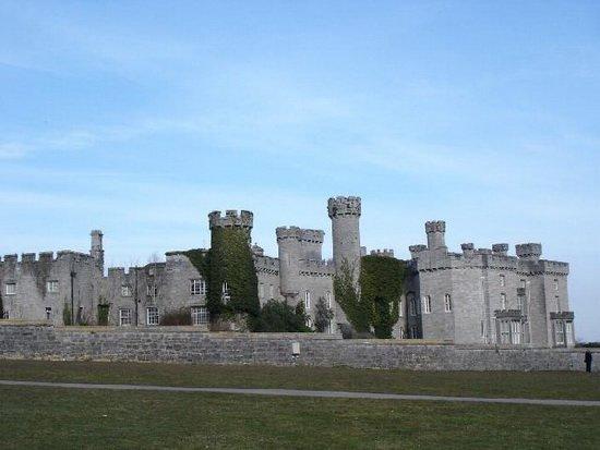 замок Боделвидан в Уэльсе