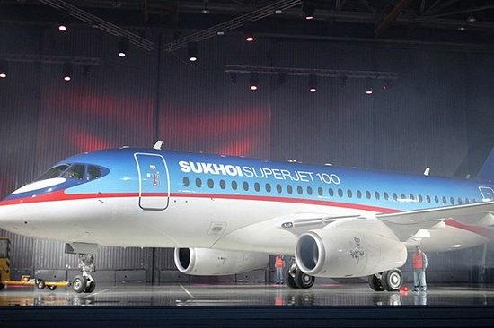 sukhoi_superjet100-