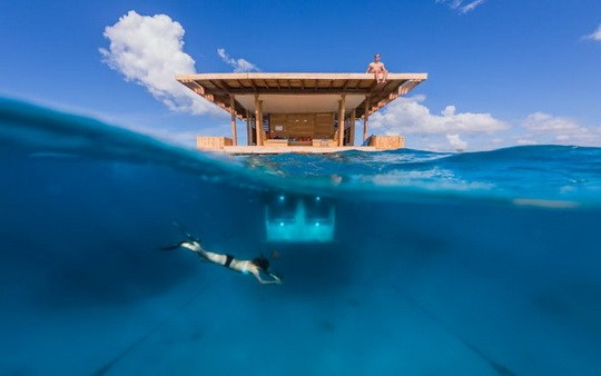 Manta_Resort_Underwater_Room