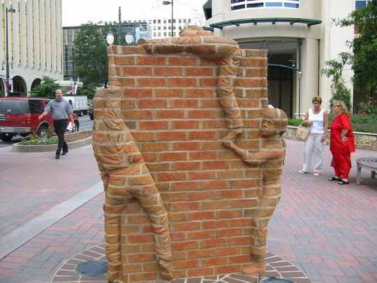 Brad_Spencer_скульптура