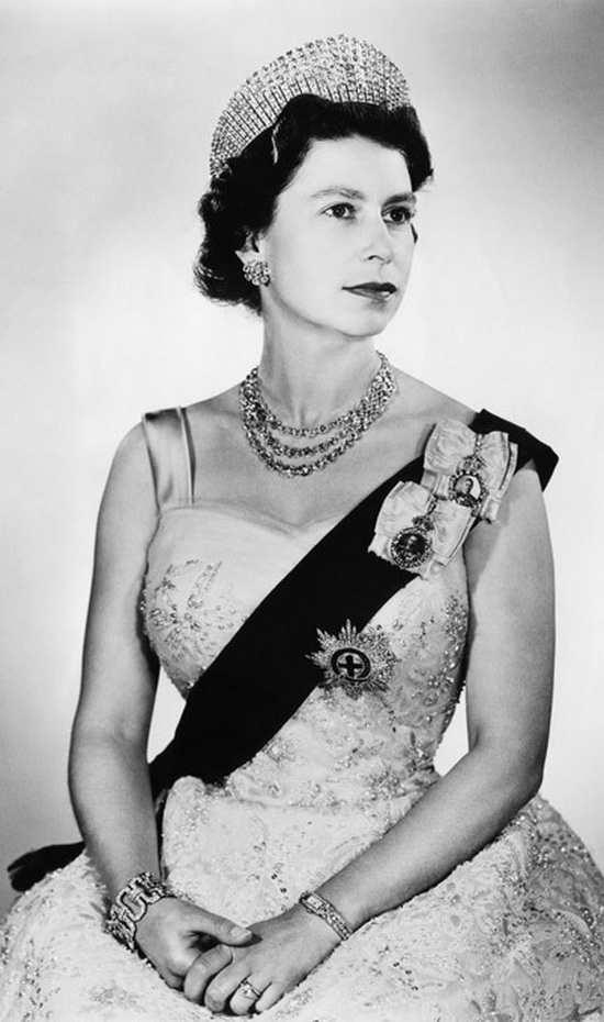 Королева Елизавета10