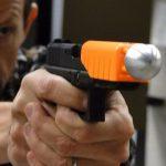 Насадка, которая сделает первые выстрелы полицейских безопасными