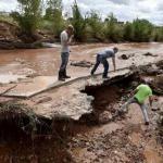 В США 16 человек погибли из-за внезапного наводнения