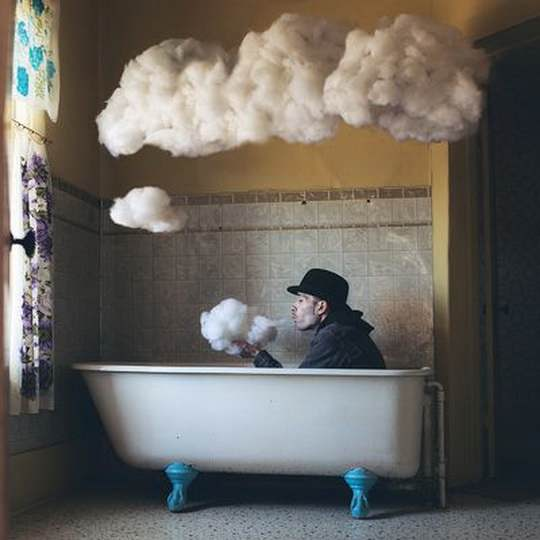 Логан_Зиллмер+сюрреализм