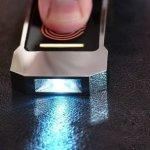 Lumen – фонарик, который работает от тепла руки