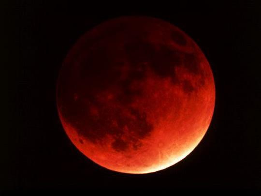 полное_лунное_затмение