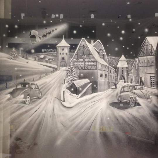 Том_Бейкер+Tom_Baker+рисунки на стеклах окон