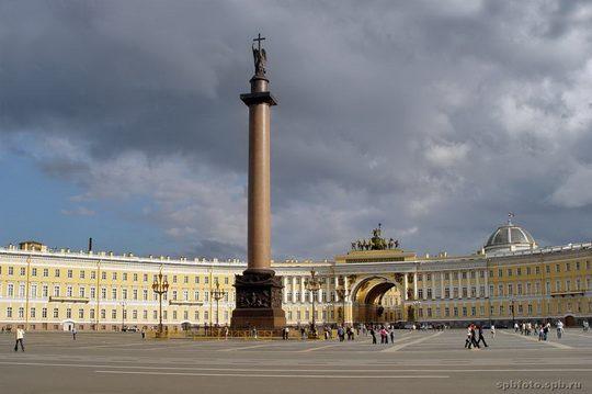 Александровская-колонна