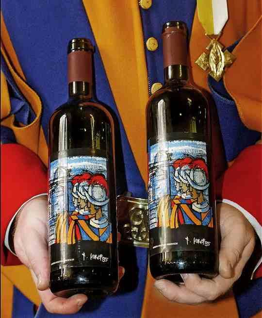 Абсолютный мировой лидер по подушевому потреблению вина — Ватикан.
