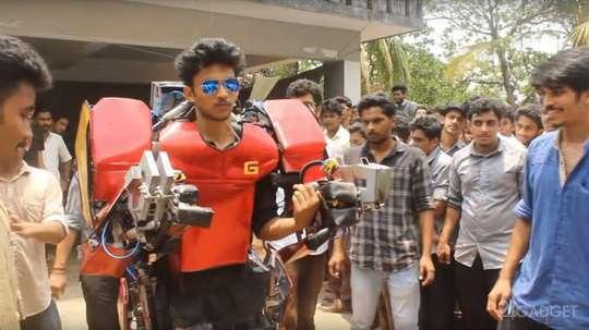 Студент технического университета из Индии, Вимал Говинд Маникандан, разработал и собрал рабочий экзоскелет в стиле Железного человека