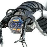 Робот-змея проникнет внутрь пациента через горло и проведет операцию изнутри