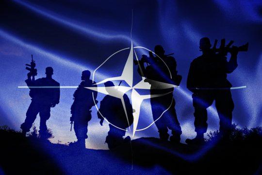 НАТО приведет в режим усиленной готовности до 300 тысяч солдат, сообщают западные СМИ.