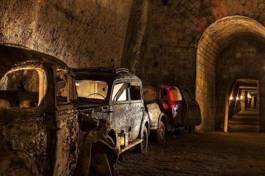 Изначально, туннели были построены еще во времена правления монарха Фердинанда Второго.
