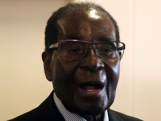 Роберт Мугабе накануне своего 93-го дня рождения подтвердил намерение переизбраться президентом страны на новый срок