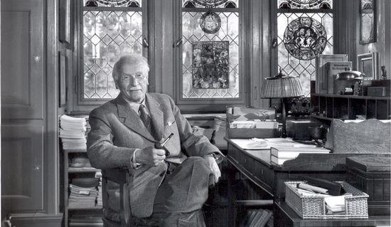 Karl-Gustav-YUng