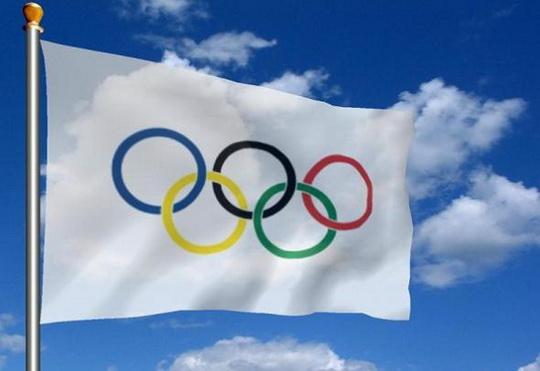 Кольца на олимпийском флаге часто соотносят с частями света в таком порядке