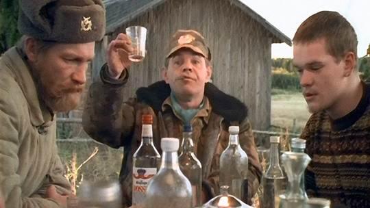 России с 13 мая выросла минимальная розничная цена на водку и коньяк.