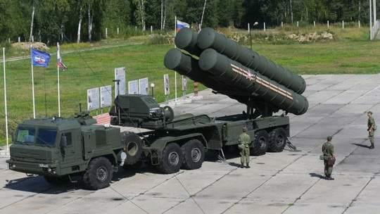 В последнее время нет недостатка в сообщениях об интересе Турции к российской системе противовоздушной обороны С-400.