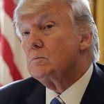 СМИ узнали об идее демократов запретить Трампу снимать санкции с России