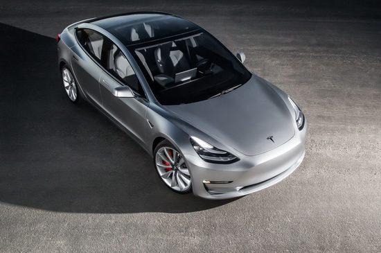 2017-Tesla-Model-3-1