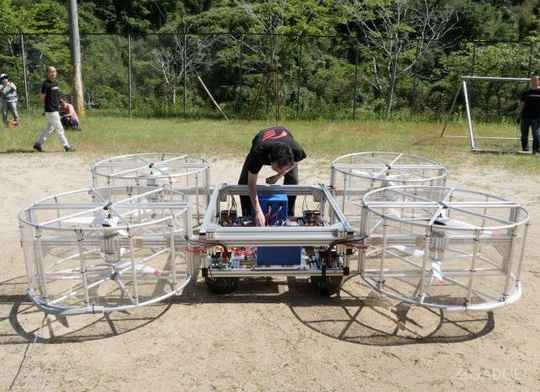 Реализация программы по созданию летающего автомобиля, организованная автогигантом Toyota Motor и стартапом Cartivator Resource Management, подошла к этапу запуска в воздух прототипов.