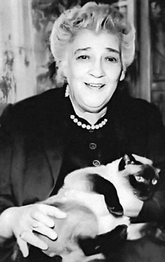 Фаина Георгиевна была уникальной, парадоксально мыслящей личностью