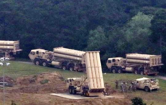 Американская противоракетная система THAAD, размещенная недавно на базе Сончжу в Южной Корее, полностью готова к использованию, сообщает в среду телеканал KBS.