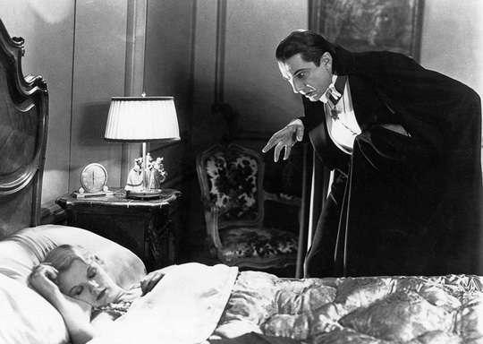 Вампиры чрезвычайно популярны в широкой культуре: мертвецы, питающиеся кровью своих жертв, будоражили умы древних и до сих пор волнуют современников.