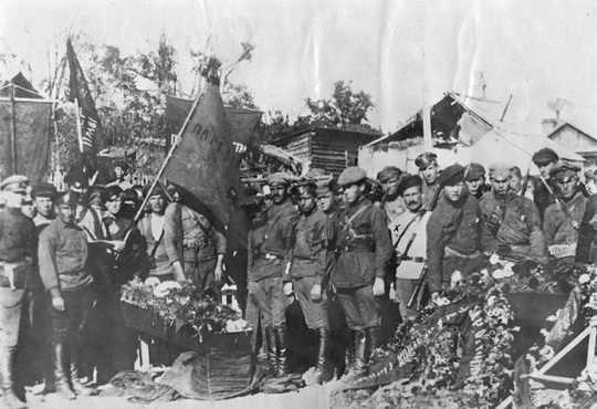 25 октября 1922 года, когда Народно-революционная армия Дальневосточной республики взяла Владивосток, закончилась почти 5-летняя Гражданская война в России.