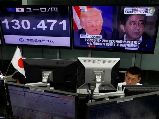 Трамп согласился снять ограничения с ракетного потенциала Южной Кореи и пообещал Сеулу поставки оружия