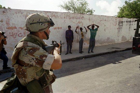 Недавно появились сообщения СМИ, что в Сомали армия США нанесла воздушный удар по террористической группировке Аш-Шабаб, которая связана с Аль-Каидой.