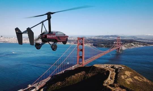 Вице-президент компании PAL-V, Марк Дженнингс-Бейтс, объявил о своих планах облететь земной шар на гироплане модели PAL-V Liberty.
