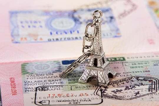 В 2017 году шенгенские визы для белорусов вряд ли подешевеют.