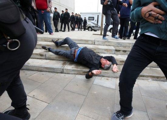 В настоящее время проводится расследование деятельности каталонской полиции в день плебисцита.