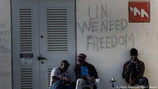 Премьер-министр Израиля представил план по высылке из страны африканских беженцев.