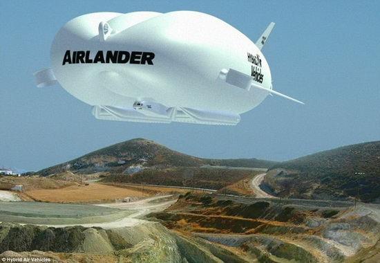 310430D500000578-3438477-The_Airlander_produces_60_of_its_lift_aerostatically_by_being_li-a-2_1455015229232_новый размер