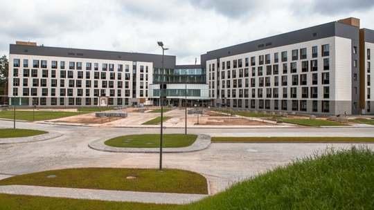 Строительство Республиканского клинического медицинского центра в Ждановичах подходит к концу.