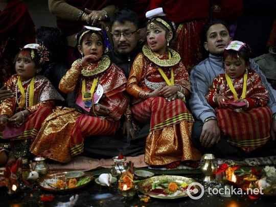 Самосожжение вдов издавна практиковалось не только в Индии, но и среди индуистов Непала.