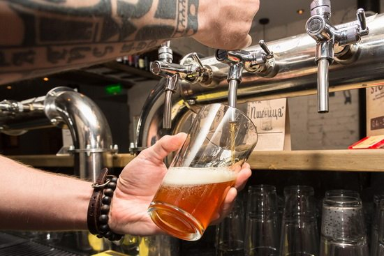 На пиво предлагают распространить маркировку, которая действует на спиртные напитки и винодельческую продукцию.