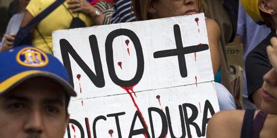 Производство нефти в Венесуэле сокращается с пугающей быстротой