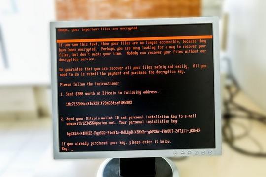 МИД Британии выступил с официальными обвинениями против России в проведении в 2017 г. кибератак с помощью вируса NotPetya.