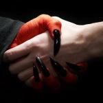 «Душу на кон», или кто из великих людей заключил сделку с Сатаной?