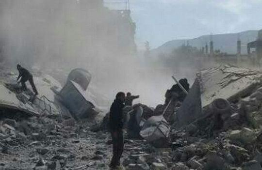 В Международном комитете Красного Креста уже заявили, что несколько госпиталей на северо-западе Сирии подверглись авиаударам