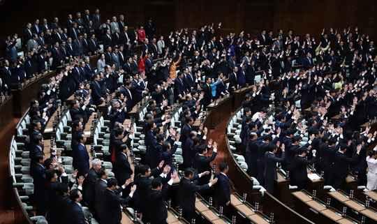 В парламенте Японии планируют провести учения по эвакуации