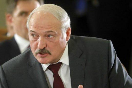 Александр Лукашенко во время встречи с председателем Государственного комитета судебных экспертиз Андреем Шведом рассказал, как благодаря его участию удалось раскрыть преступление прошлых лет.
