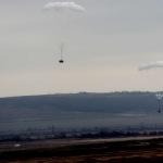 В России научились десантировать с неба тяжелую технику